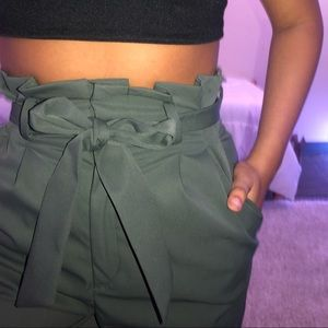 HM Green Paperbag Pants